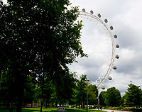 London Eye is the world's largest cantilevered observation wheel photo by Brian Jordan