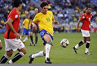 Fotball<br /> Brasil v Egypt<br /> Foto: DPPI/Digitalsport<br /> NORWAY ONLY<br /> <br /> FOOTBALL - CONFEDERATIONS NATIONS CUP 2009 - GROUP B - 1ST ROUND - BRAZIL v EGYPT - 15/06/2009 <br /> <br /> KAKA (BRA)