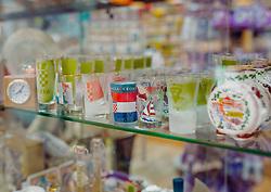 THEMENBILD - kroatische Souvenirs in einem Regal, aufgenommen am 14. August 2019 in Rijeka, Kroatien // Croatian souvenirs on a shelf, pictured in Rijeka, Croatia on 2019/08/14. EXPA Pictures © 2019, PhotoCredit: EXPA/Stefanie Oberhauser