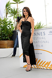 "71st Cannes Film Festival 2018, Photocall film ""Everybody knows"" with Javier Bardem, Penelope Cruz, Ashgar Farhadi, Barbara Lennie, Ricardo Darin. 09 May 2018 Pictured: 71st Cannes Film Festival 2018, Photocall film ""Everybody knows"", Penelope Cruz. Photo credit: Pongo / MEGA TheMegaAgency.com +1 888 505 6342"