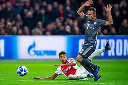 12-12-2018 NED: Champions League AFC Ajax - FC Bayern Munchen, Amsterdam<br /> Match day 6 Group E - Ajax - Bayern Munchen 3-3 / David Neres #7 of Ajax, Rafinha #13 of Bayern Munich