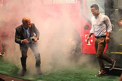 19.08.2014, Allianz Arena, Muenchen, GER, 1. FBL, FC Bayern Muenchen, Praesentation Mannschaftsbus Lions Coach, im Bild l-r: Stephan Lehmann (Stadionsprecher) und Thiago Alcantara #6 (FC Bayern Muenchen) // during the Presentation of the Lions Coach of German Bundesliga Club FC Bayern Munich at the Allianz Arena in Muenchen, Germany on 2014/08/19. EXPA Pictures © 2014, PhotoCredit: EXPA/ Eibner-Pressefoto/ Kolbert<br /> <br /> *****ATTENTION - OUT of GER*****