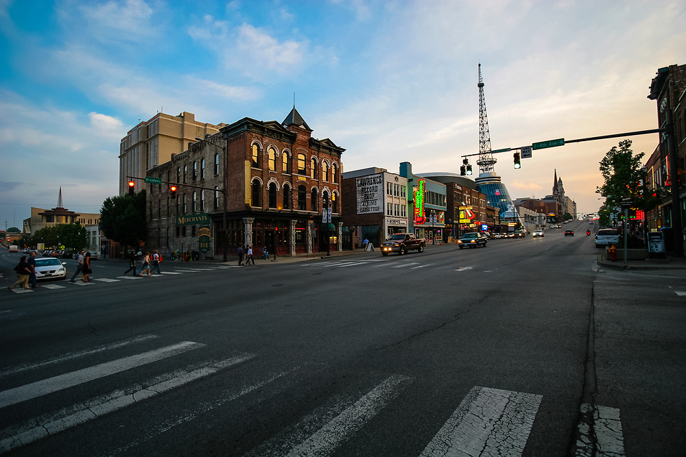 Nasville's Broadway wakes up for music night in Nashville, USA. Broadway is filled with live music Honky-tonks.