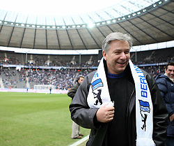 27.02.2010, Olympiastadion Berlin, GER, 1.FBL, Hertha BSC Berlin vs TSG 1899 Hoffenheim im Bild  Berlins Regierende Buergermeister Klaus Wowereit EXPA Pictures © 2010, PhotoCredit: EXPA/ nph/  Hammes / for Slovenia SPORTIDA PHOTO AGENCY.