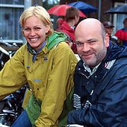 Fietstocht voor het Lilianefonds, Cindy Pielstroom en Willem van Schijndel