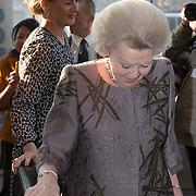 NLD/Delft/20160316 - Prinses Mabel en Prinses Beatrix aanwezig bij uitreiking Prins Friso Ingenieursprijs 2016 , Prinses Beatrix en Prinses Mabel
