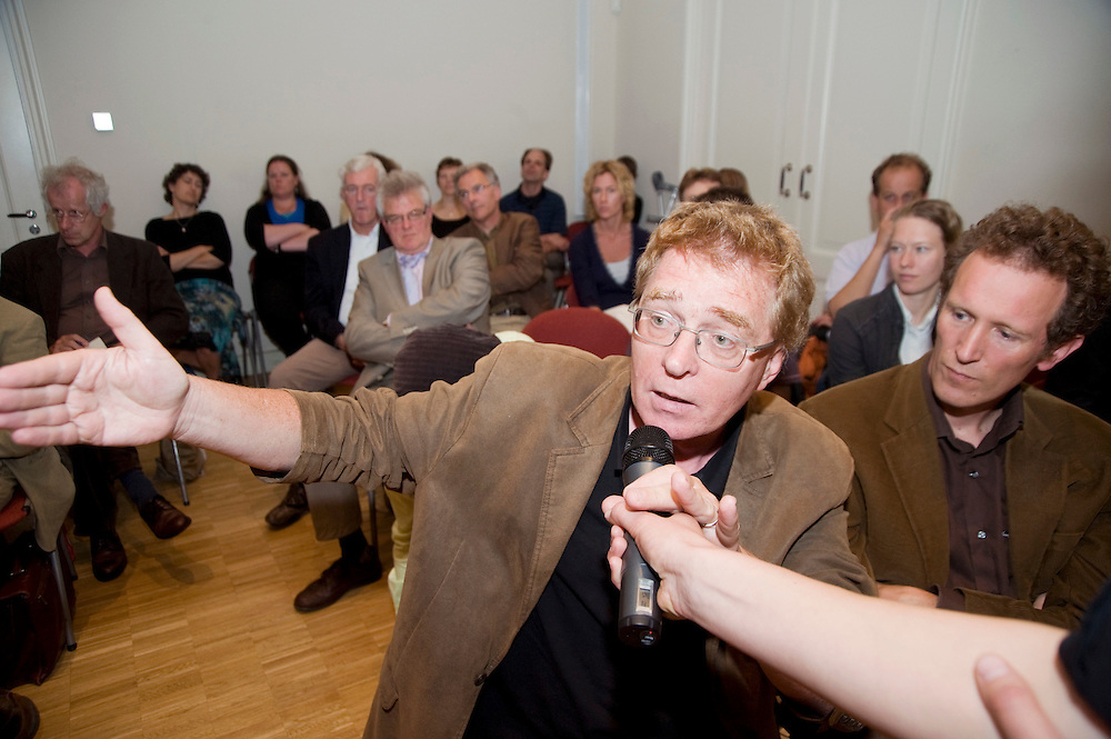 Nederland, den Haag, 5 juni 2008.Klimaatwetdebat georganiseerd door Milieudefensie..Foto (c) Michiel Wijnbergh