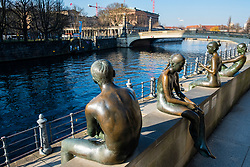 Bronze sculptures overlooking River Spree in Mitte , Berlin, Germany