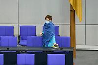11 FEB 2021, BERLIN/GERMANY:<br /> Annegret Kramp-Karrenbauer, CDU, Bundesverteidigungsministerin vor Beginn der Regierungserklaerung der Bundeskanzlerin zur Bewaeltigung der Corvid-19-Pandemie, Plenum, Reichstagsgebaeude, Deutscher Bundestag<br /> IMAGE: 20210211-01-004<br /> KEYWORDS: Corona, Mundschutz, Maske