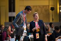 DEU, Deutschland, Germany, Berlin, 17.11.2018: Neuköllns Bezirksbürgermeister Martin Hikel (SPD) mit Bundesfamilienministerin Dr. Franziska Giffey (SPD) beim Landesparteitag der Berliner SPD im Hotel Maritim.