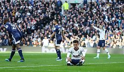 Dele Alli of Tottenham Hotspur looks dejected - Mandatory by-line: Arron Gent/JMP - 19/10/2019 - FOOTBALL - Tottenham Hotspur Stadium - London, England - Tottenham Hotspur v Watford - Premier League