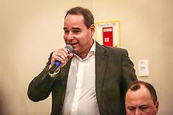 """PORTO ALEGRE, RS, BRASIL, 15-03-2018, 20h33'54"""":  O empresário Rubens Rebés e o advogado Tomaz Schuch são os novos dirigentes do AVANTE, no RS. A posse da direção estadual do partido contou com a presença do Deputado Federal e presidente nacional, Luís Tibê (MG), e ocorreu na noite de quinta-feira (15/3) no Hotel Intercity. AVANTE é um partido político brasileiro, fundado como Partido Trabalhista do Brasil (PTdoB) por dissidentes do Partido Trabalhista Brasileiro (PTB), em 1989. Seu número eleitoral é o 70. O novo nome, criado a partir do desejo das pessoas que lutam por um país que segue em frente, se aproxima ainda mais dos verdadeiros objetivos do partido, alicerçado ao longo de sua história e atrelado aos novos pilares: compromisso, prosperidade, humanidade, coletividade, diálogo, transparência e liberdade. (Foto: Gustavo Roth / Agência Preview) © 15MAR18 Agência Preview - Banco de Imagens"""