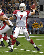 Arizona Cardinals quarterback Matt Leinart (7) gets ready to throw down field against St. Louis at the Edward Jones Dome in St. Louis, Missouri, December 3, 2006.  The Cardinals beat the Rams 34-20.<br />