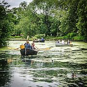 In barca sul lago di Finsbury Park.<br /> <br /> Boats on the lake of Finsbury Park.