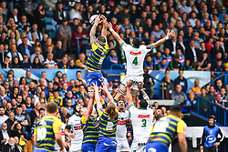 Cardiff Blues' Josh Turnbull claims the lineout<br /> <br /> Photographer Craig Thomas/Replay Images<br /> <br /> European Rugby Challenge Cup Round Semi final - Cardiff Blues v Pau - Saturday 21st April 2018 - Cardiff Arms Park - Cardiff<br /> <br /> World Copyright © Replay Images . All rights reserved. info@replayimages.co.uk - http://replayimages.co.uk