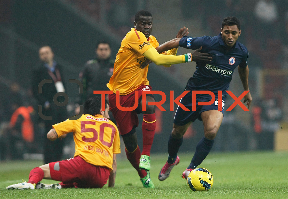 Galatasaray's Emmanuel Eboue (C) during their Turkish Super League soccer match Galatasaray between IBBSpor at the TT Arena at Seyrantepe in Istanbul Turkey on Tuesday, 03 January 2012. Photo by TURKPIX