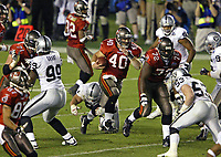 PHOTO BY TOM DIPACE© ALL RIGHTS RESERVED<br /> 561-968-0600<br /> SUPERBOWLXXXVII 1\26\03 <br /> Tampa Bay Bucs Mike Alstott<br /> <br /> By Tom DiPace