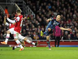Bayern Munich's Arjen Robben fires wide - Photo mandatory by-line: Joe Meredith/JMP - Tel: Mobile: 07966 386802 19/02/2014 - SPORT - FOOTBALL - London - Emirates Stadium - Arsenal v Bayern Munich - Champions League - Last 16 - First Leg