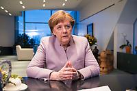 20 MAR 2017, BERLIN/GERMANY:<br /> Angela Merkel, CDU, Bundeskanzlerin, waehrend einem Interview, in ihrem Buero, Bundeskanzleramt<br /> IMAGE: 20170320-01-001<br /> KEYWORDS: Büro