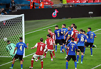 Football - UEFA European Championship 2021 - Round of 16 - Italy vs Austria - Wembley Stadium<br /> <br /> Saka Kalajdzic of Austria heads his goal to give them hope in the last 5 minutes<br /> <br /> Credit : COLORSPORT/ANDREW COWIE