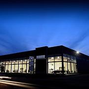 architectural photographer, exterior, sunrise, blue hour photography, cars, car showroom, photographer basingstoke, photographer hampshire, Stuart Freeman photographer, hype photography studio,