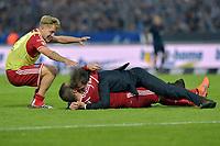 Fotball<br /> Tyskland<br /> 01.06.2015<br /> Foto: Witters/Digitalsport<br /> NORWAY ONLY<br /> <br /> Schlussjubel v.l. Lewis Holtby, Trainer Bruno Labbadia, Rafael van der Vaart (HSV)<br /> Fussball Bundesliga, Relegation Rueckspiel, Karlsruher SC - Hamburger SV 1:2 n.V.