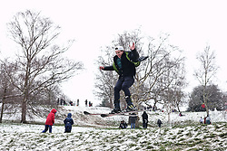© Licensed to London News Pictures. 24/01/2021. London, UK. A man skis down a hill in Greenwich Park in southeast London after snow fell over the capital. Photo credit: Rob Pinney/LNP