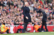 Alan Pardew, the Crystal Palace manager shouting at his players from the touchline. Barclays Premier league match, Arsenal v Crystal Palace at the Emirates Stadium in London on Sunday 17th April 2016.<br /> pic by John Patrick Fletcher, Andrew Orchard sports photography.