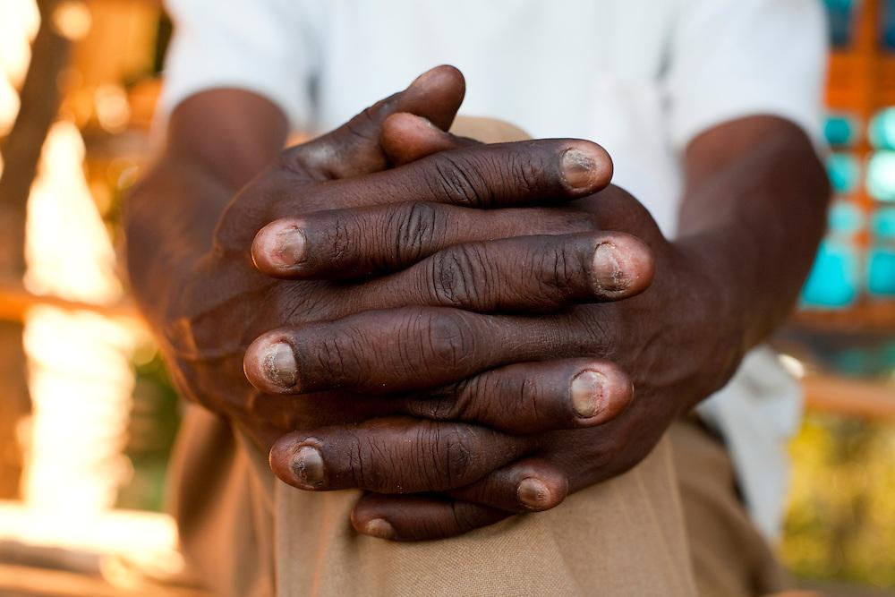 Monsenhor Paulo_MG, Brasil...Detalhe da mao de um idoso...Detail of a elderly hands...Foto: LEO DRUMOND / NITRO.....