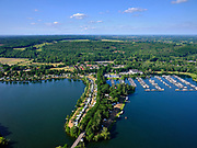 Nederland, Limburg, Gemeente Mook en Middelaar i; 27-05-2020;  Mookerplas, tussen Heikant en Plasmolen, De recreatieplas is ontstaan door zand- en grintwinning.<br /> Mookerplas. The recreational lake was created by sand and gravel extraction.<br /> <br /> luchtfoto (toeslag op standaard tarieven);<br /> aerial photo (additional fee required)<br /> copyright © 2020 foto/photo Siebe Swart