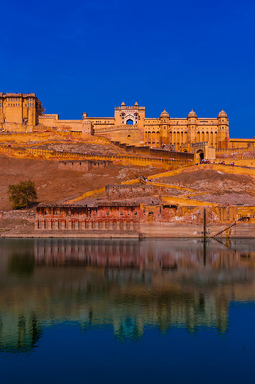 Maota Lake with Amber Fort & Palace on hill behind, Amber, near Jaipur, Rajasthan, India.