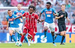 02.08.2017, Allianz Arena, Muenchen, GER, Audi Cup, FC Bayern Muenchen vs SSC Neapel, Spiel um Platz 3, im Bild Emanuele Giaccherini (SSC Napoli), Renato Sanches (FC Bayern Muenchen), Amadou Diawara (SSC Napoli) // during the Audi Cup 3rd place Match between FC Bayern Munich and SSC Napoli at the Allianz Arena, Munich, Germany on 2017/08/02. EXPA Pictures © 2017, PhotoCredit: EXPA/ JFK