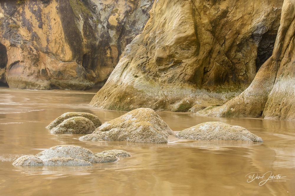 Coastal rocks, Hug Point State Scenic Area, Oregon, USA