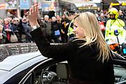 Prinses Maxima geeft de Amsterdamse Beurs van Berlage het startschot voor een nieuw landelijk project van WOMEN Inc. Het project wil het belang van economische zelfstandigheid van vrouwen onderstrepen. /// Princess Maxima, the Amsterdam Beurs van Berlage is launching a new national project of WOMEN Inc.. The project will study the importance of economic independence of women underline.<br /> <br /> Op de foto: On the Photo:<br /> <br />   Prinses Maxima verlaat de beurs van Berlage /// Princess Maxima leaves the Beurs van Berlage