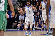 DESCRIZIONE : Eurolega Euroleague 2015/16 Group D Dinamo Banco di Sardegna Sassari - Darussafaka Dogus Istanbul<br /> GIOCATORE : MarQuez Haynes<br /> CATEGORIA : Palleggio Schema Mani<br /> SQUADRA : Dinamo Banco di Sardegna Sassari<br /> EVENTO : Eurolega Euroleague 2015/2016<br /> GARA : Dinamo Banco di Sardegna Sassari - Darussafaka Dogus Istanbul<br /> DATA : 19/11/2015<br /> SPORT : Pallacanestro <br /> AUTORE : Agenzia Ciamillo-Castoria/L.Canu