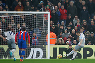 Leighton Baines of Everton scores his team's first goal from the penalty spot. Premier League match, Crystal Palace v Everton at Selhurst Park in London on Saturday 18th November 2017.<br /> pic by Steffan Bowen, Andrew Orchard sports photography.