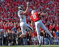 University of Missouri tight end Chase Coffman (L) pulls in a 19-yard touchdown pass form Chase Daniel over Nebraska safety Andrew Shanle (R) in the fourth quarter, to cut the Huskers lead to 34-20 at Memorial Stadium in Lincoln, Nebraska, November 4, 2006.<br />