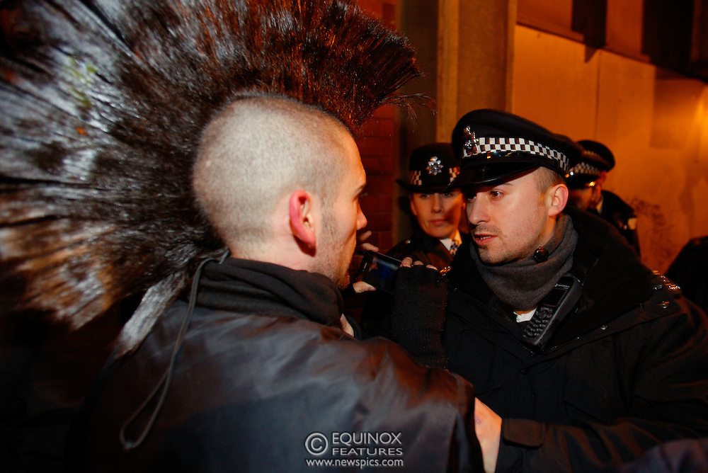 London, United Kingdom - 30 January 2012.Police and bailiffs clash with Occupy London protesters and their supporters as they evict them from the Occupy Bank of Ideas site. The campaigners had formed a self styled Earl Street Community Space in part of a building owned by UBS Bank, Earl Street, City of London, London, England, UK..Copyright: ©2012 Equinox Licensing Ltd. +448700 780000 - Contact: Equinox Features - Date Taken: 20120130 - Time Taken: 015014+0000 - www.newspics.com
