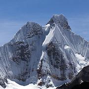 Snow covers Jirishanca summit at the Cordillera Huayhuash trekking circuit, Peru, September 6, 2018. REUTERS/Lisi Niesner