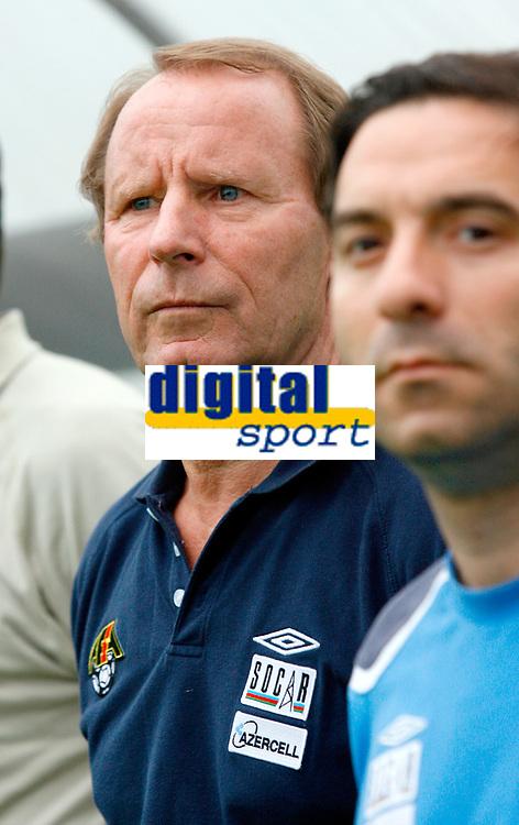 Fotball<br /> Moldova v Aserbajan<br /> 26.05.2010<br /> Seekirchen Østerrike<br /> Foto: Gepa/Digitalsport<br /> NORWAY ONLY<br /> <br /> FIFA Weltmeisterschaft 2010 in Suedafrika, Vorberichte, Vorbereitung, Vorbereitungsspiel, Freundschaftsspiel, Laenderspiel, Moldawien vs Aserbaidschan. <br /> <br /> Bild zeigt Teamchef Berti Vogts (AZE)