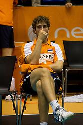 12-09-2010 VOLLEYBAL: EK KWALIFICATIE NEDERLAND - ESTLAND: ROTTERDAM<br /> Yannick van Harskamp is teleurgesteld na het verliezen van de wedstrijd<br /> ©2010-WWW.FOTOHOOGENDOORN.NL / Peter Schalk