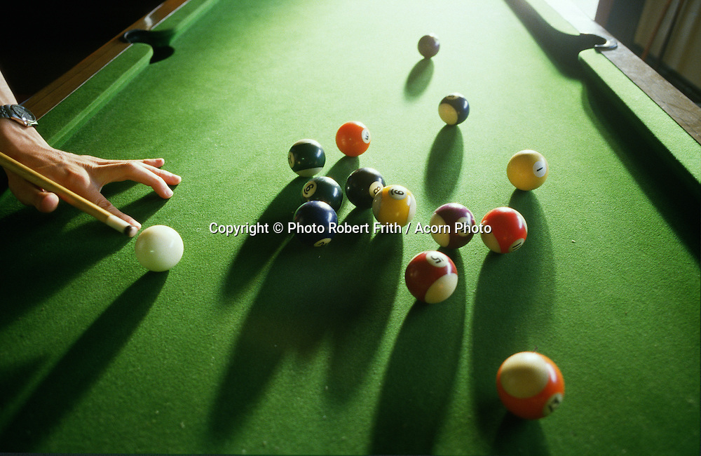 Old rules or new rules - pool table action in an Adelaide Summer
