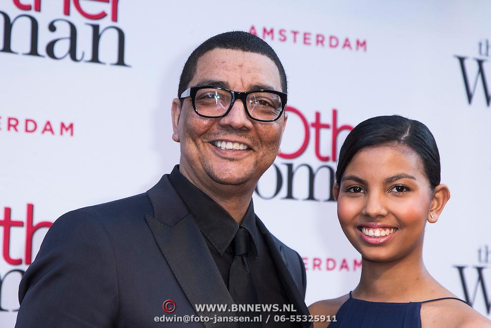 NLD/Amsterdam//20140401 - Filmpremiere The Other Woman, Jorgen Raymann en dochter