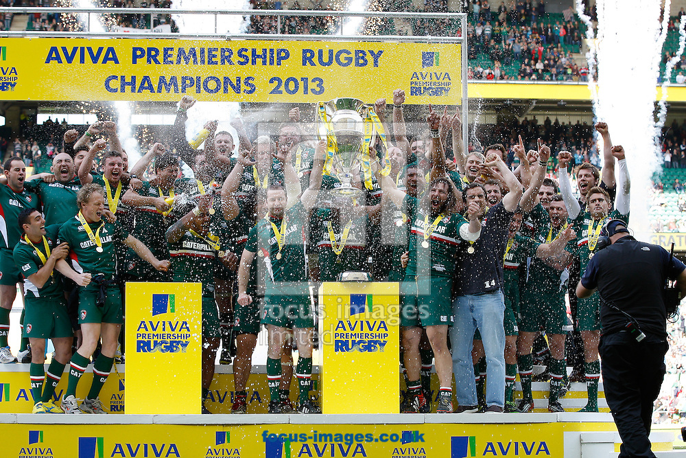 Picture by Andrew Tobin/Focus Images Ltd +44 7710 761829.25/05/2013. Leicester lift the trophy after beating Northampton during the Aviva Premiership match at Twickenham Stadium, Twickenham.