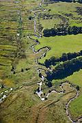 Nederland, Drenthe, Gemeente Vries, 08-09-2009; stroomdal of beekdal van de  Drentsche Aa met meanderende beek. Het stelsel van beken zorg voor goede (naturlijke) afwatering. Gastersche Diep (l) voegt zich bij Taarlosche Diep en gaat verder als Oudemolensche Diep (onder).<br /> Drentse Aa maakt deel uit van Nationaal beek- en esdorpenlandschap Drentsche Aa (Nationaal Park en Nationaal Landschap).<br /> Brook or stream valley of the Aa Drentse Aa with meandering stream. The system of streams ensure proper (natural) drainage. The region is both a national park and national landscape<br /> luchtfoto (toeslag); aerial photo (additional fee required); <br /> foto Siebe Swart / photo Siebe Swart