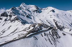 THEMENBILD - das Fuschertörl mit der schneebedeckten Berglandschaft . Die Hochalpenstrasse verbindet die beiden Bundeslaender Salzburg und Kaernten und ist als Erlebnisstrasse vorrangig von touristischer Bedeutung, aufgenommen am 27. Mai 2020 in Fusch a.d. Glstr., Österreich // the Fuschertörl with the snow-covered mountain landscape. The High Alpine Road connects the two provinces of Salzburg and Carinthia and is as an adventure road priority of tourist interest, Fusch a.d. Glstr., Austria on 2020/05/27. EXPA Pictures © 2020, PhotoCredit: EXPA/ JFK
