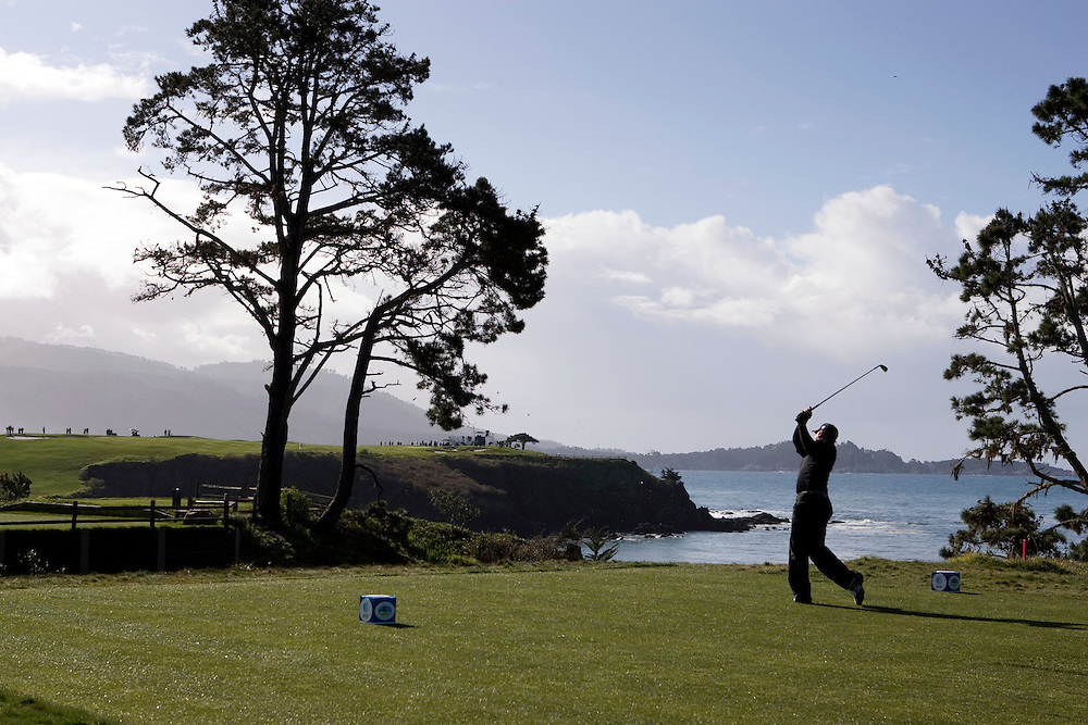 J.B. Holmes teeing off on the fifth hole at Pebble Beach during the 2009 AT&T Pro Am