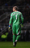 Photo: Andrew Unwin.<br />Newcastle United v Tottenham Hotspur. The Barclays Premiership. 23/12/2006.<br />Tottenham's goalkeeper, Paul Robinson.