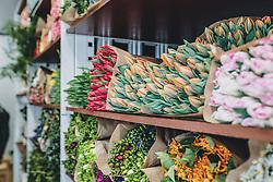 THEMENBILD - frische Schnittblumen in einem LKW aus Holland in Kaprun am Dienstag 14. April 2020 // fresh cut flowers in a truck from Holland, in Kaprun Austria on 2020/04/14. EXPA Pictures © 2020, PhotoCredit: EXPA/ Stefanie Oberhauser