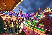 Nederland, Wijchen, 14-9-2018De jaarlijke kermis wordt altijd druk bezocht. Er zijn veel attracties. Van kleine zoals de penalty shooter tot grote zoals de Reactor. FOTO: FLIP FRANSSEN